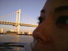 橋とまつ毛